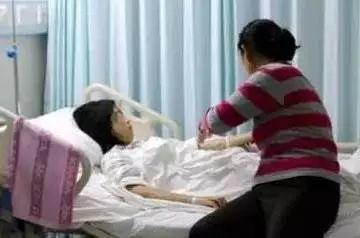 """参加完婚礼后!东莞女生凌晨怒诉:""""打死我也不当伴娘了!""""插图34"""