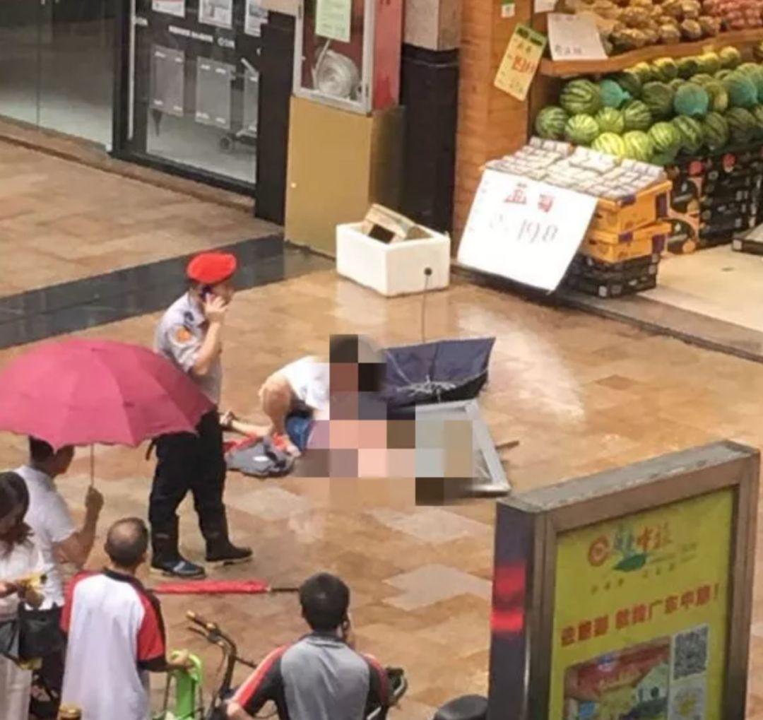 哭了!深圳被窗砸伤男童今晨走了!同小区一月两起高空坠物插图6