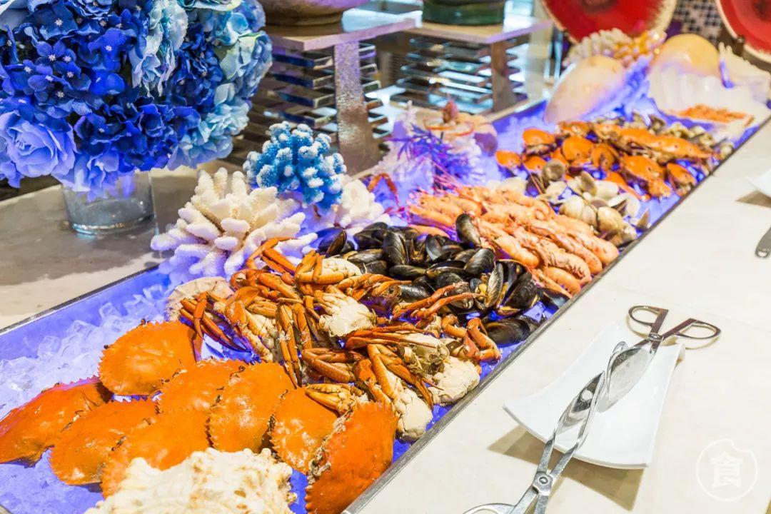 【双人份】180元抢康帝酒店超豪华自助餐!3只手指粗的蟹腿,巴掌大的鲍鱼任你吃...