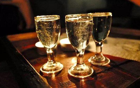 """""""百年陈酒十里香"""",新酒存一存就变老酒?你想得太简单了插图12"""