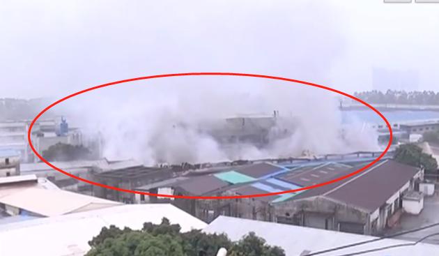 东莞一工厂起火,浓烟直冲天空!插图8