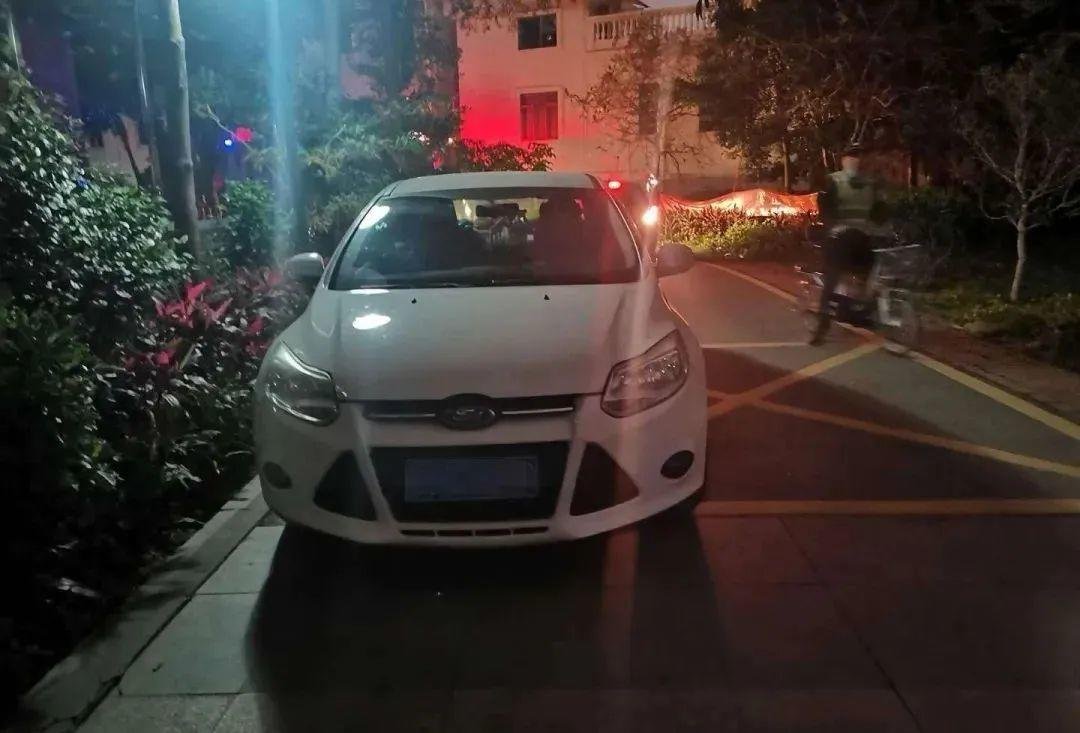 东莞一小区物业被罚4.5万元!只因车辆这样乱停乱放…插图8