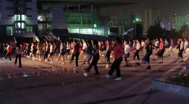 """月1日起新规实施!在东莞这样跳广场舞可能或被罚!"""""""