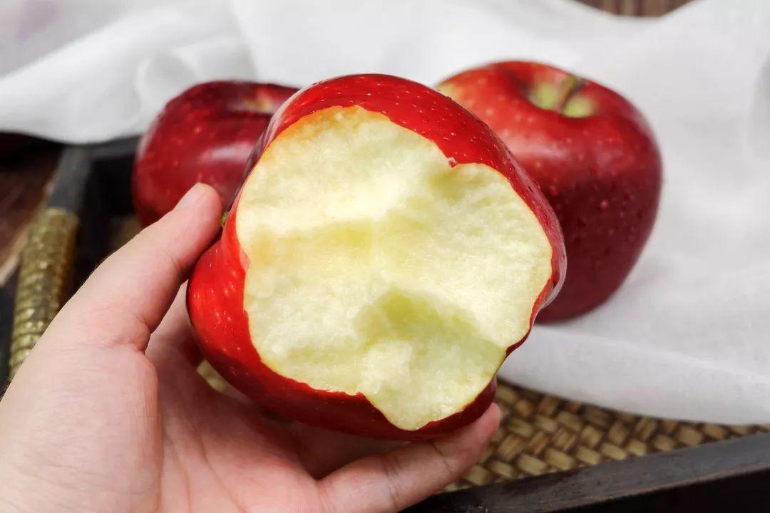 """""""国货之光""""29.9元10斤,比蛇果更好看、更好吃的甘肃花牛苹果新鲜上市,开启你的甜蜜之旅!插图16"""