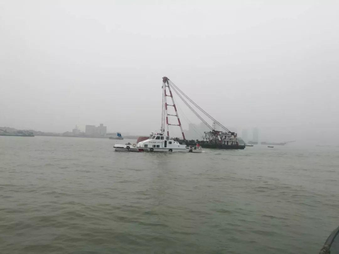 突发!东莞西大坦水域一艘货船沉没!插图6