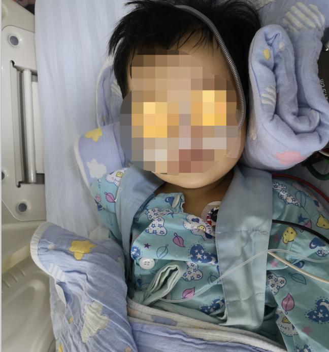 东莞一岁女童误把灯油当茶喝,进了ICU······插图2