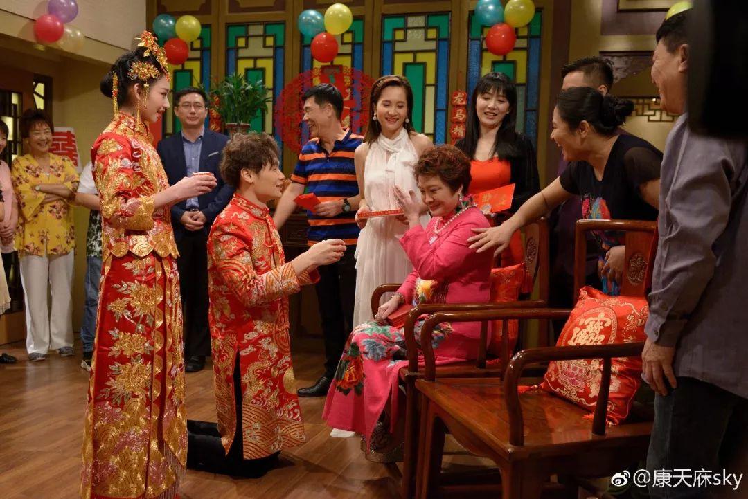 """广东人从小看到大的肥仔,""""康天庥""""真的结婚了!老婆是……插图20"""