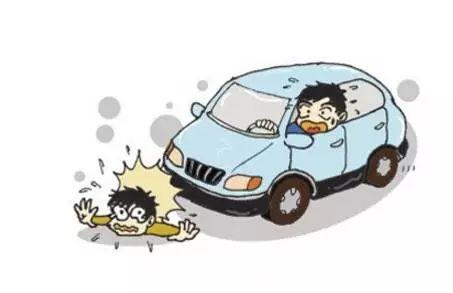 揪心!东莞一孩子被卷入车底!插图