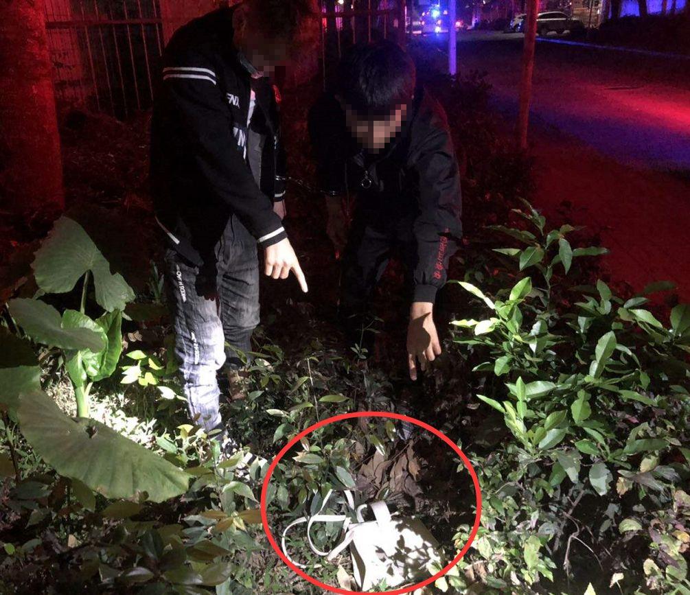 东莞一女子深夜被2名男子尾随!公共视频拍下惊险一幕…插图6