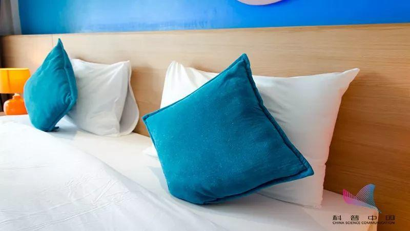 睡衣、床单、被子…竟然这么脏!该多久换一次?看完再也不敢懒了