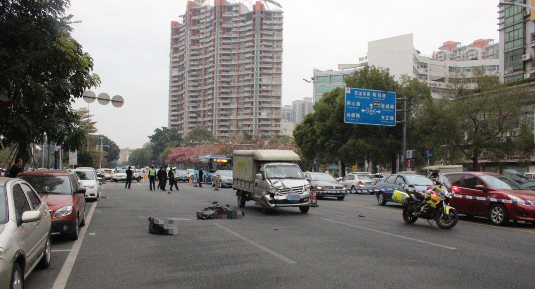 东莞一对八旬夫妻过马路被撞身亡,只因货车司机没做这事...