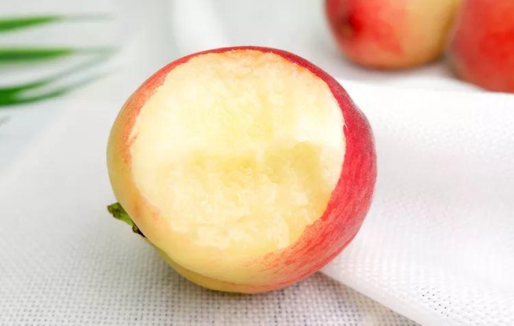 一口爆汁!陕西水蜜桃成熟了,真正的自然熟,桃园现摘现发!插图4