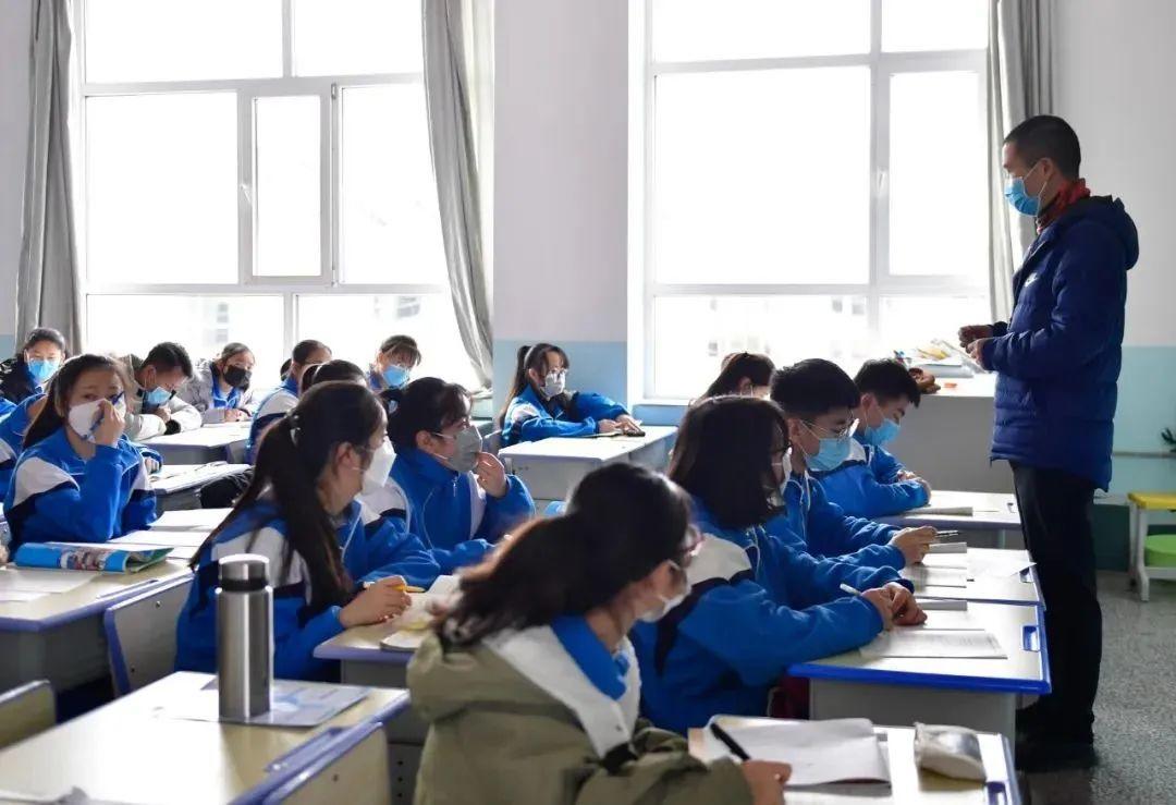 最新!广东这两地教育局透露,有望4月中旬开学!插图