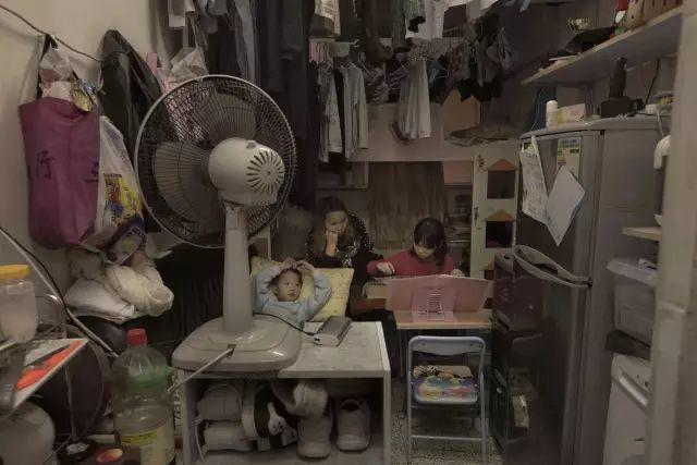 """见过香港的""""棺材房"""",才知道自己住在东莞有多幸福!插图10"""