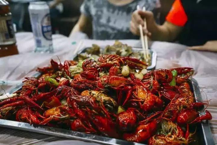 小龙虾的致命真相:全世界都不敢吃,中国人却还被蒙在鼓里!插图2